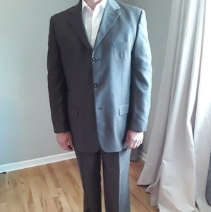 Mens 3 button suit